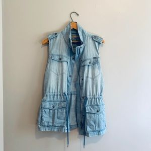 Max Jeans chambray vest